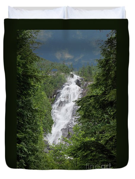 Duvet Cover featuring the photograph Shannon Falls by Rod Wiens
