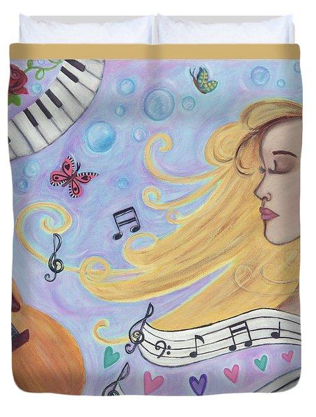 She Dreams In Music Duvet Cover