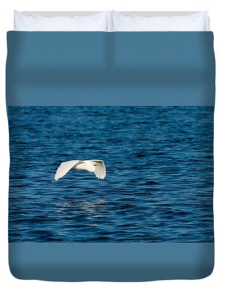 Sheer Elegance - Flight Of A Great Egret Duvet Cover
