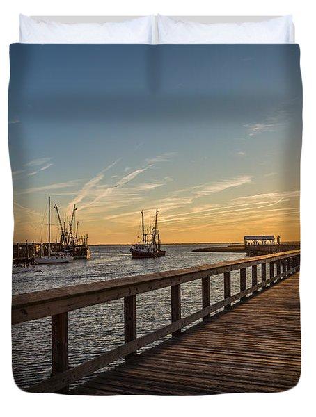 Shem Creek Pier Sunset - Mt. Pleasant Sc Duvet Cover