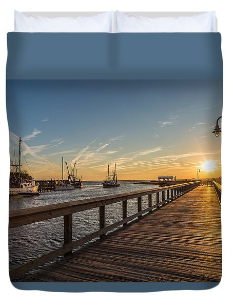 Shem Creek Pier Sunset - Mt. Pleasant Sc Duvet Cover