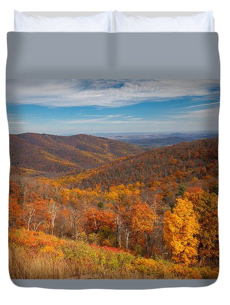 Duvet Cover featuring the photograph Shenandoah Skyline by Ross Henton