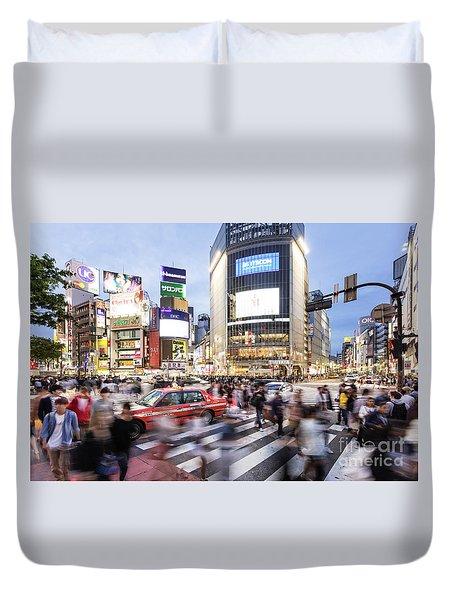 Shibuya Crossing At Night In Tokyo Duvet Cover