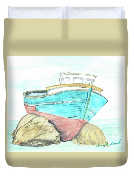 Ship Wreck Duvet Cover by Terry Frederick