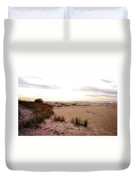 Duvet Cover featuring the photograph Shoreline At Dusk by Michelle Calkins