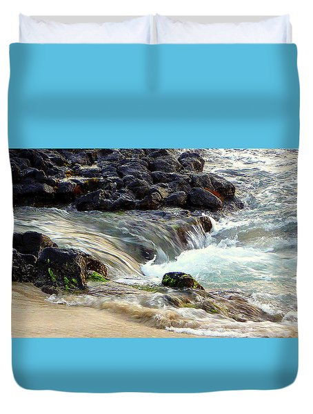 Duvet Cover featuring the photograph Shoreline by Lori Seaman
