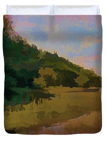Duvet Cover featuring the photograph Shoreline by Tom Prendergast