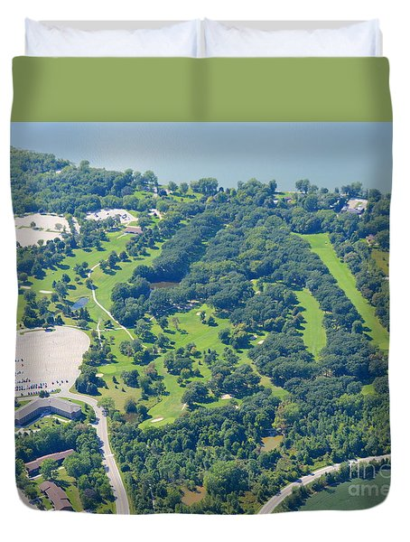 Duvet Cover featuring the photograph Shorewood Golf by Bill Lang