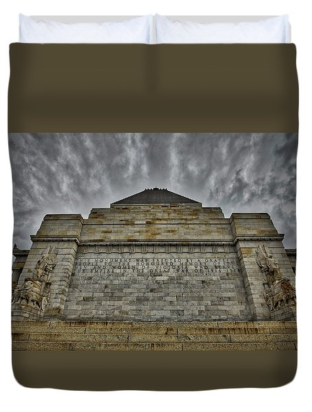 Duvet Cover featuring the photograph Shrine Of Remembrance by Ross Henton