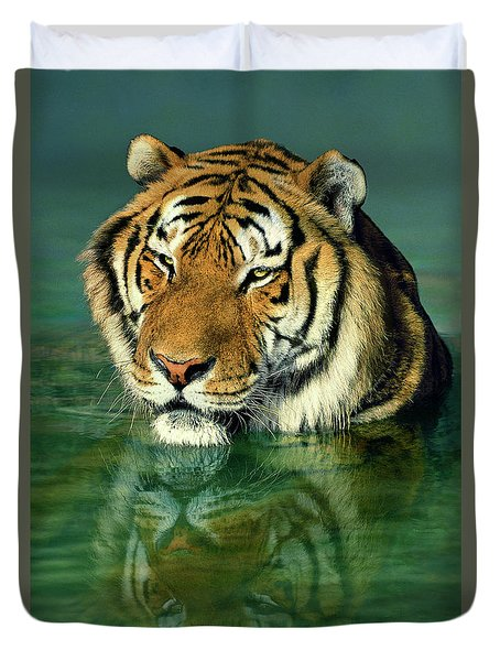 Siberian Tiger Reflection Wildlife Rescue Duvet Cover by Dave Welling