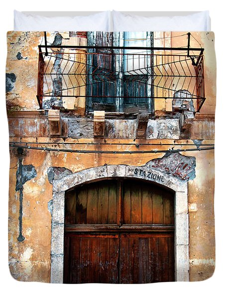 Sicilian Facade Duvet Cover