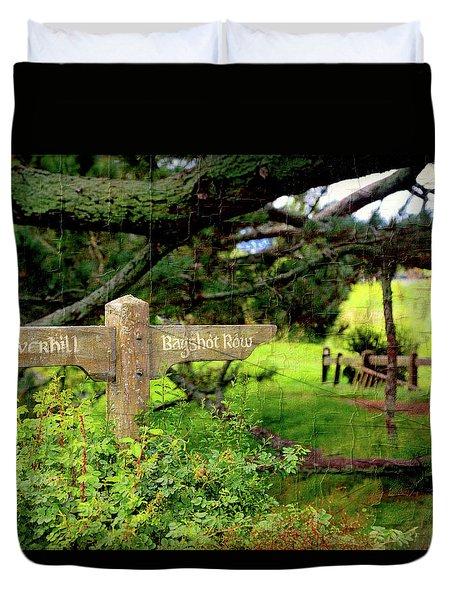 Signpost In Hobbiton Duvet Cover