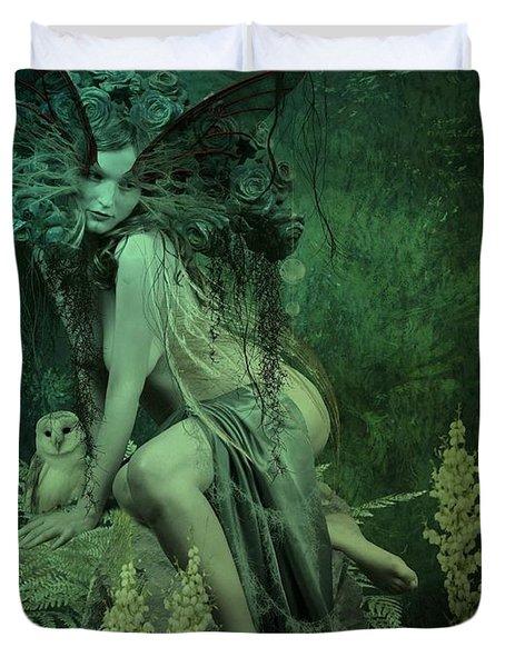 Silence Of The Night Duvet Cover