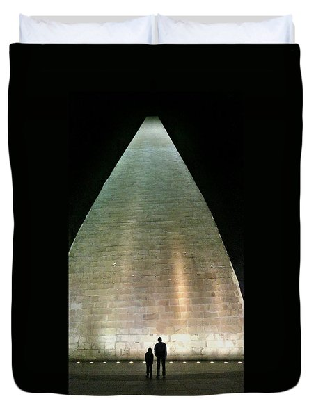 Silhouette Washington Memorial Duvet Cover