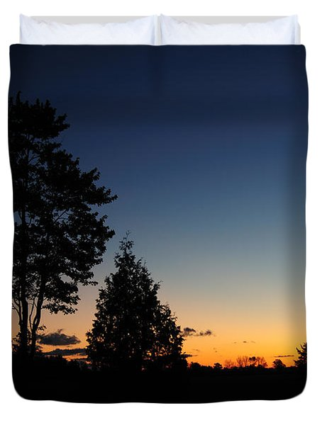 Silhouettes Duvet Cover by Joe  Ng