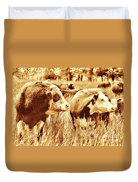 Duvet Cover featuring the photograph Simmental Bull 3 by Larry Campbell