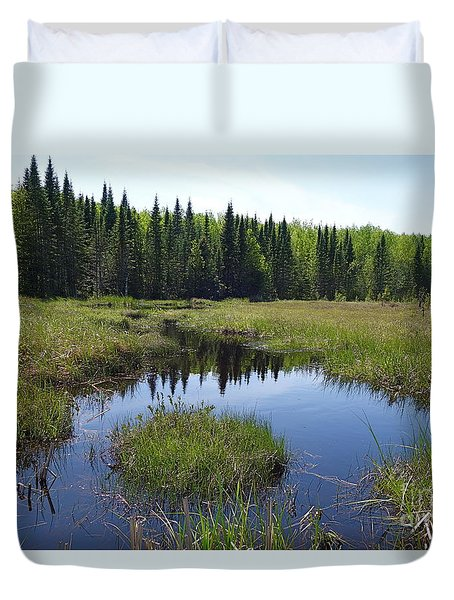Duvet Cover featuring the photograph Simple Beauty by Sandra Updyke