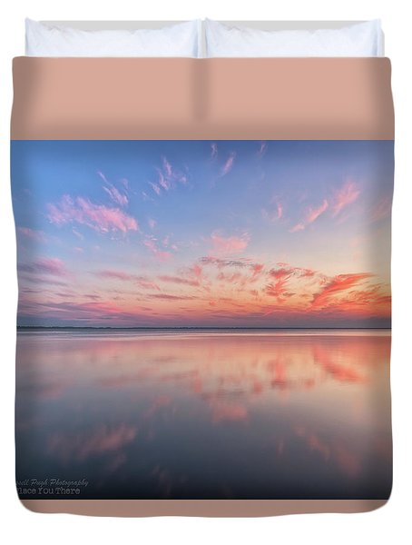Duvet Cover featuring the photograph Simple by Russell Pugh