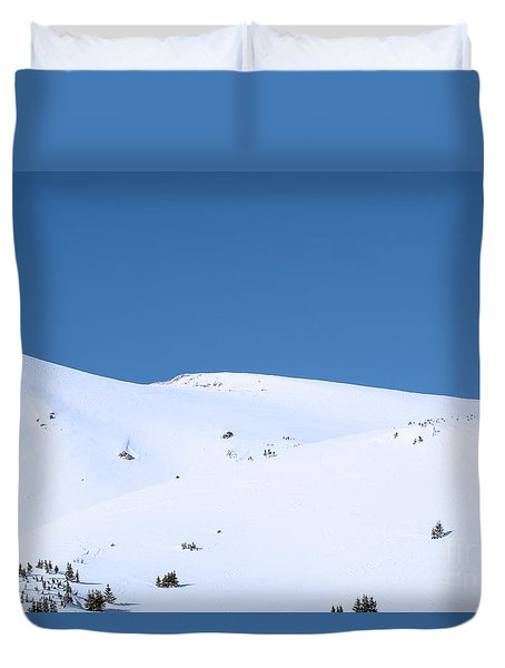 Duvet Cover featuring the photograph Simply Winter by Juli Scalzi