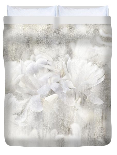Sincere Apology Of The Whispering Magnolia Duvet Cover