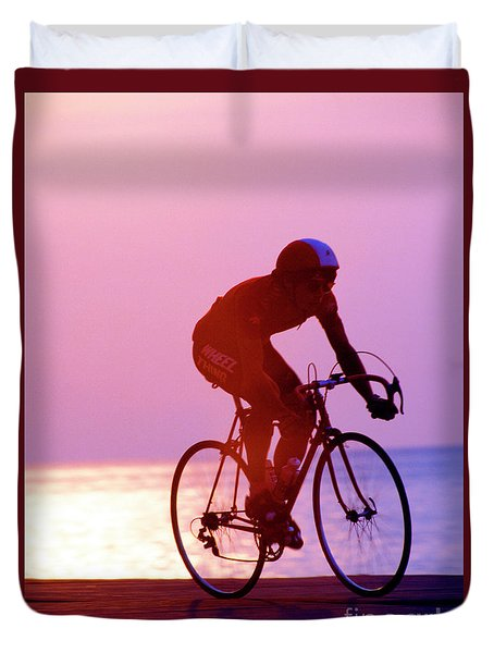 Single Bike Rider Chicago Lake Front Duvet Cover