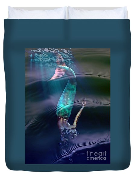 Sirena Duvet Cover by Lilliana Mendez