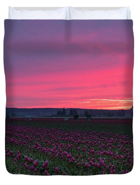Duvet Cover featuring the photograph Skagit Valley Burning Skies by Mike Reid