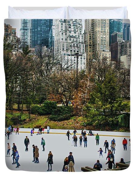 Skating At Central Park Duvet Cover