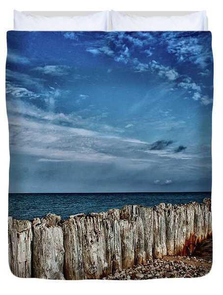 Duvet Cover featuring the photograph Skies Of Superior by Rachel Cohen