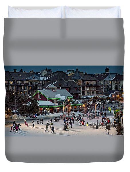 Skiing At The Village Duvet Cover