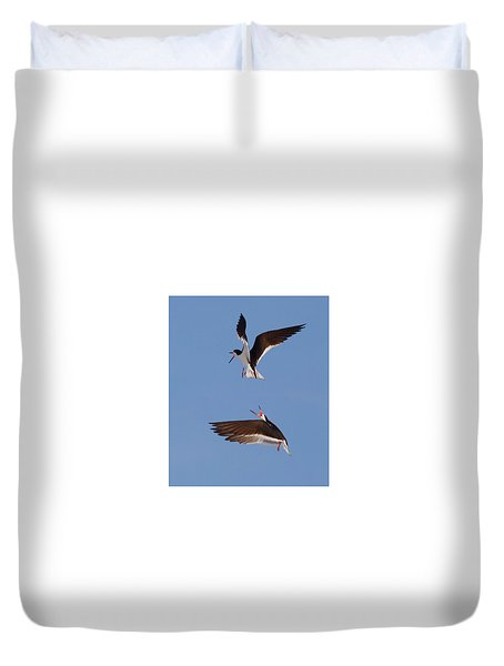 Skimmers In Flight Duvet Cover