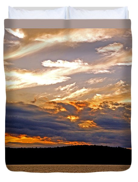 Duvet Cover featuring the photograph Sky Fire by Lynda Lehmann