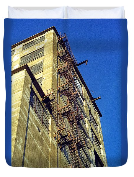 Duvet Cover featuring the photograph Sky High Warehouse by T Brian Jones