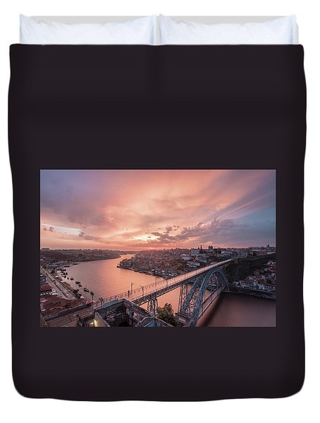 Duvet Cover featuring the photograph Sky Pierce by Bruno Rosa