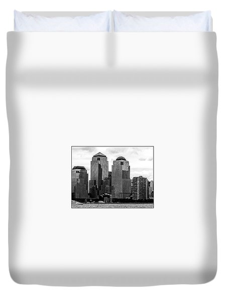 Skyline Nyc River View  Duvet Cover