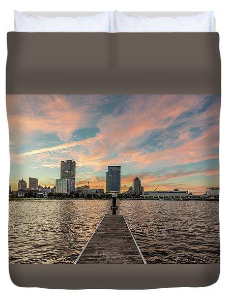 Duvet Cover featuring the photograph Skyline Sunset by Randy Scherkenbach