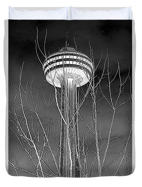 Duvet Cover featuring the photograph Skylon Tower by Valentino Visentini