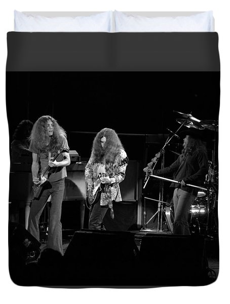 Skynyrd In Spokane Duvet Cover by Ben Upham