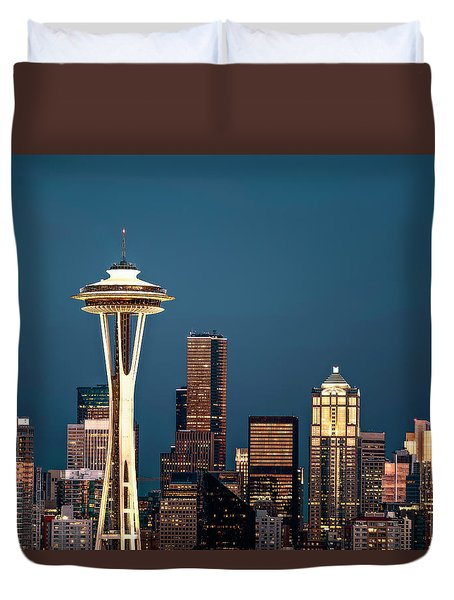 Duvet Cover featuring the photograph Sleepless In Seattle by Eduard Moldoveanu