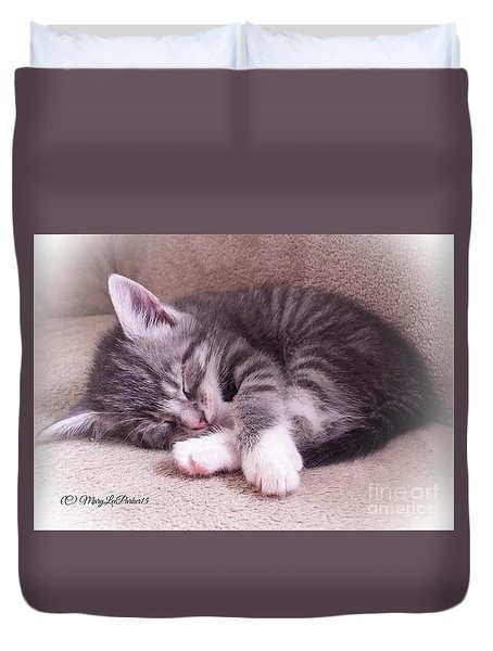 Sleepy Kitten Bymaryleeparker Duvet Cover