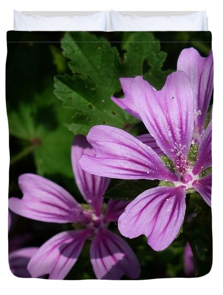 Small Mauve Flowers 6 Duvet Cover