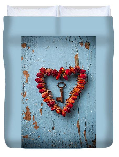 Small Rose Heart Wreath With Key Duvet Cover by Garry Gay