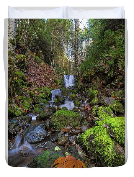 Small Waterfall At Lower Lewis River Falls Duvet Cover by David Gn