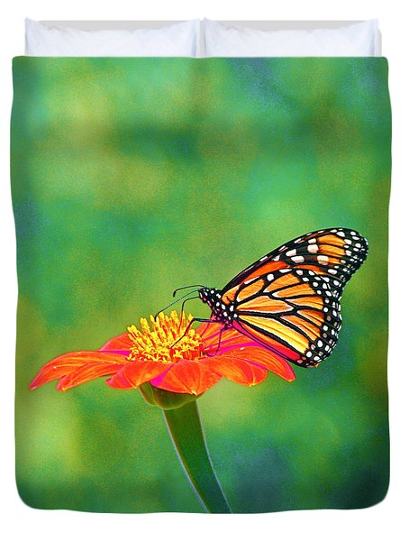 Duvet Cover featuring the photograph Small Wonders by Byron Varvarigos