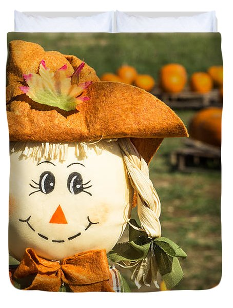 Smiling Scarecrow With Pumpkins Duvet Cover