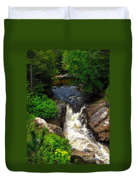 Duvet Cover featuring the photograph Smith River - Bristol N H by Mim White
