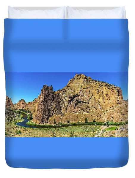 Duvet Cover featuring the photograph Smith Rock by Jonny D