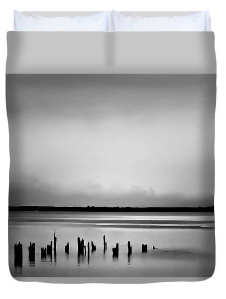 Smoke On The Water Duvet Cover by Wallaroo Images