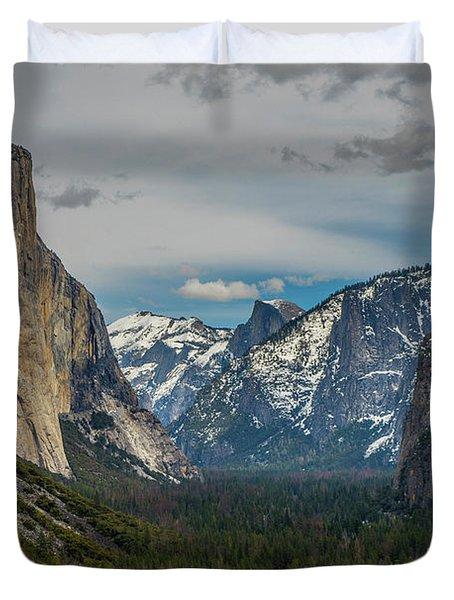 Smokey Yosemite Valley Duvet Cover