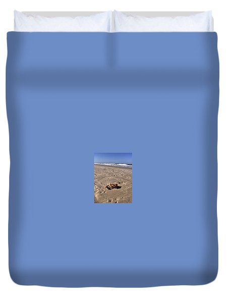 Duvet Cover featuring the photograph Smoking Kills Crab by Lisa Piper